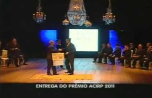 Matéria do Balanço Geral sobre a entrega do prêmio ACIRP...